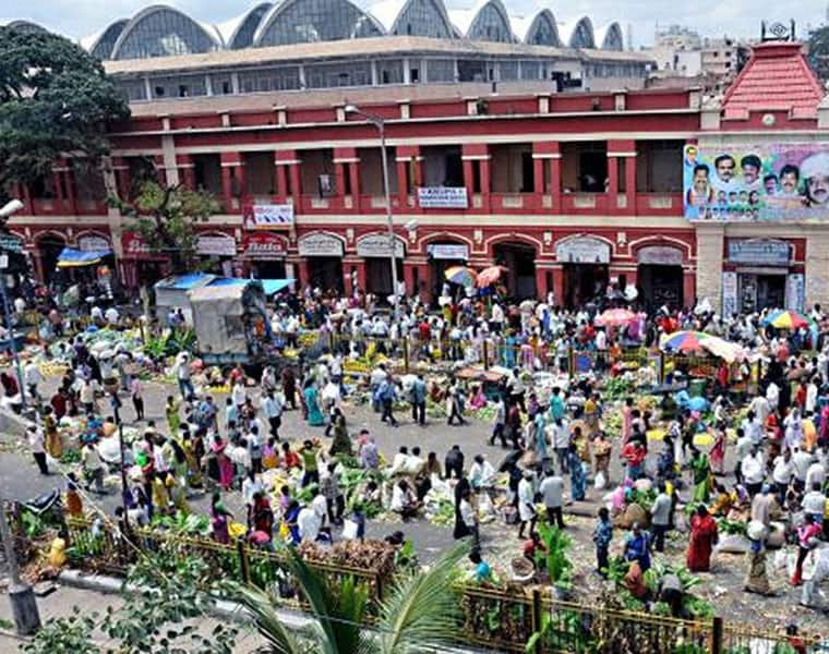People Rush To Purchase Essential items Markets in Bengaluru due to Fear of Lockdown grg