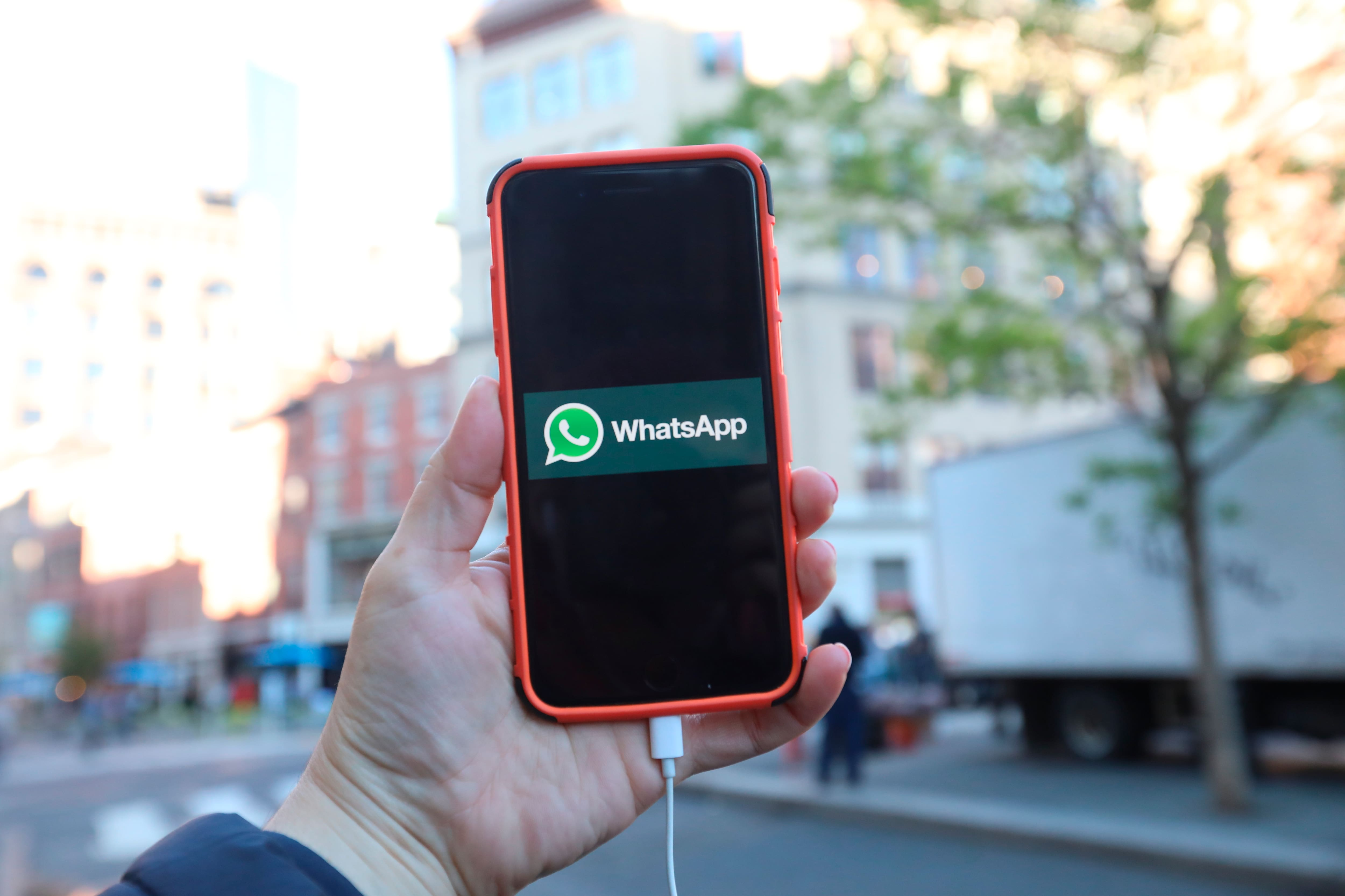 WhatsApp makes video calling in groups easier with this new update