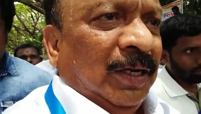 Karnataka Congress issues show cause notice, disgruntled Roshan Baig refuses to read it