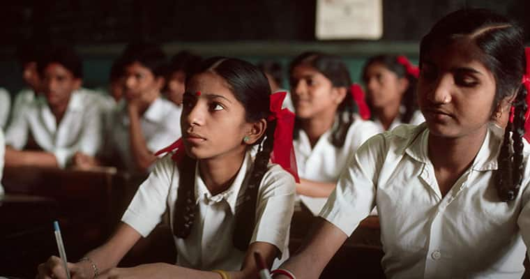 Kerala Govt introduces awareness programme for girls not to fall in love traps, what about boys?