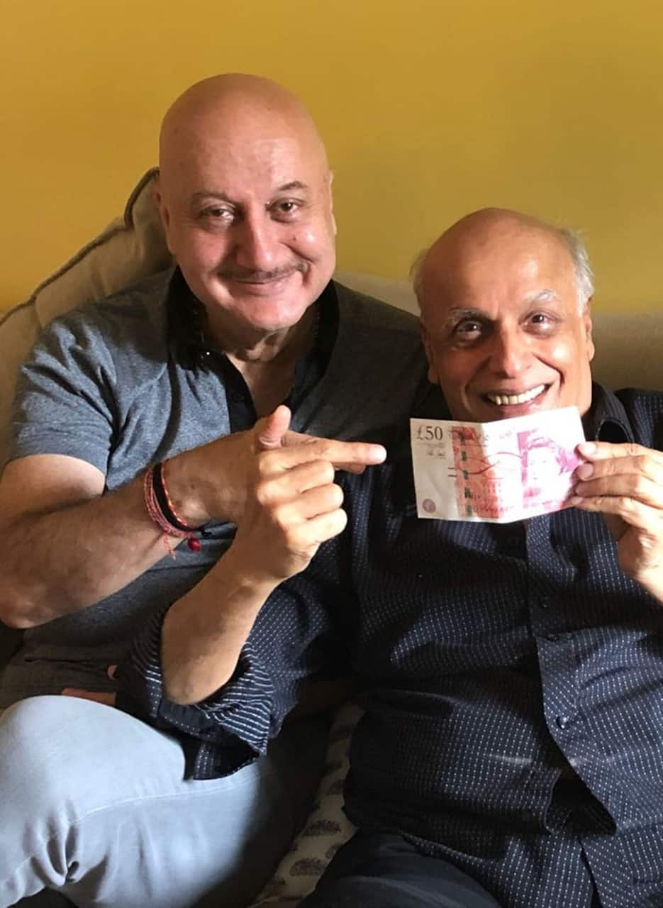 For 34 years, Anupam Kher is paying the debt of this Director