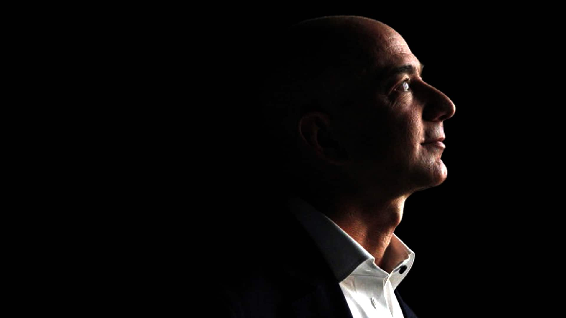 Jeff bezos becomes the richest man in the world