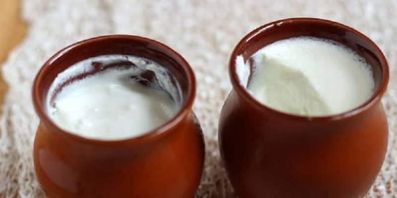 Curd to enrich skin glow and healthy hair