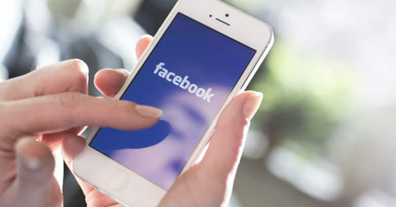 Facebook finds 'sophisticated' efforts to disrupt US elections