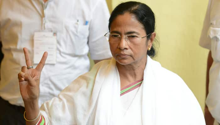 Bengal CM meets opposition leaders in Parliament, extends courtesy call