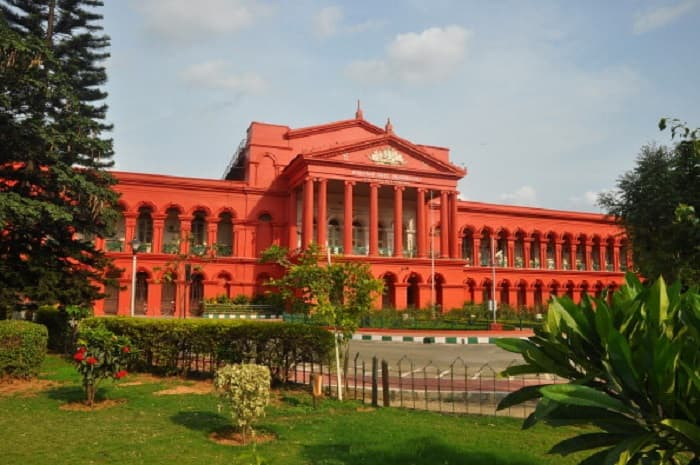 High Court pulls up Bengaluru police commissioner in illegal flex case as BBMP officials face attack from goons