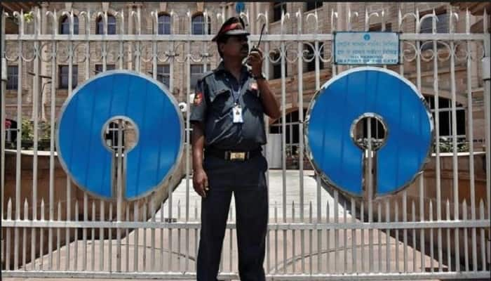 Banks collect 5,000 crore in FY18 as minimum balance penalty