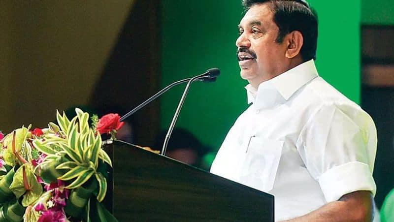 Tamil Nadu: Palaniswami unveils MGR centenary arch in Chennai