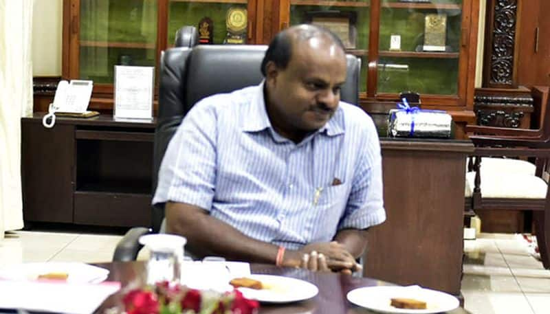 HD Kumaraswamy apologises for casting aspersions on woman's character