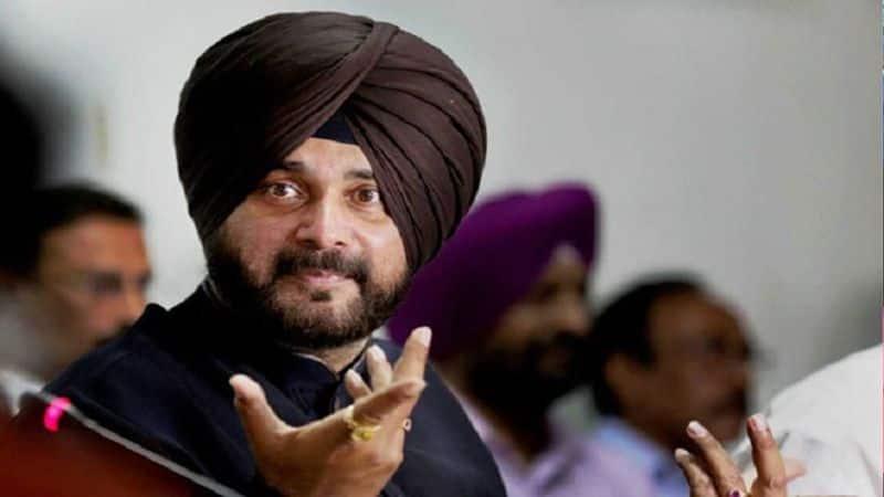 Navjot Singh Sidhu Not reach Moga for Pulwama martyr Jaimal Singh funeral despite Captain Amrinder Singh order
