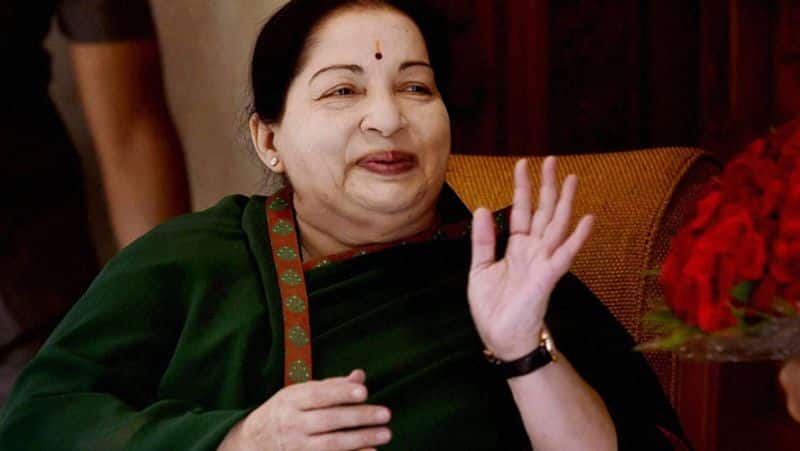 appollo anounced Jayalalitha perday food expence is Rs.1 Lak above