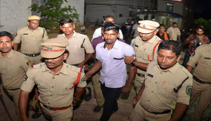 accused srinivas family members demand to transfer the case to kerala over jagan case