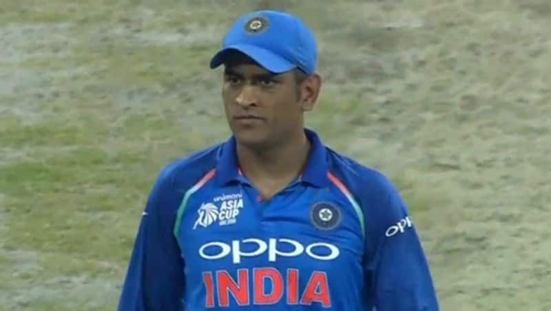 here is the reason why dhoni taken into t20 team again