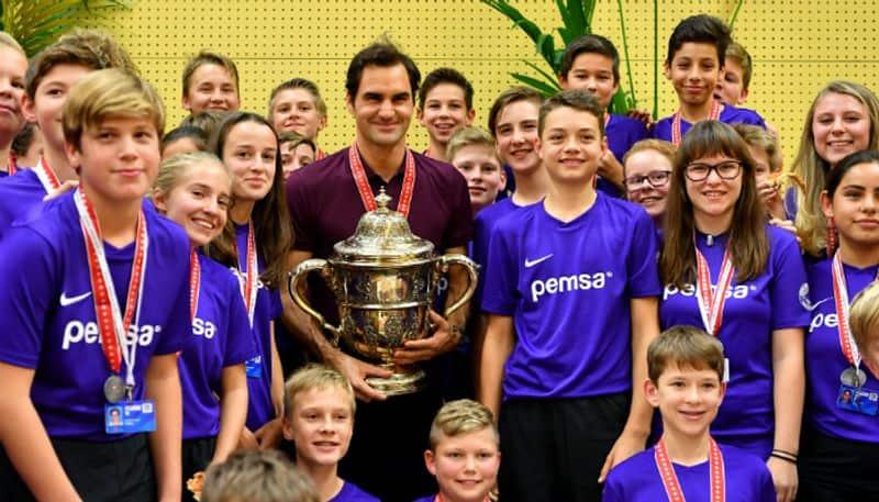 Emotional Roger Federer hints retirement Basel Swiss Indoors