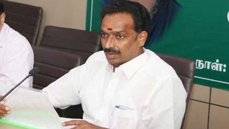 Vijaypasakar resigns minister's post