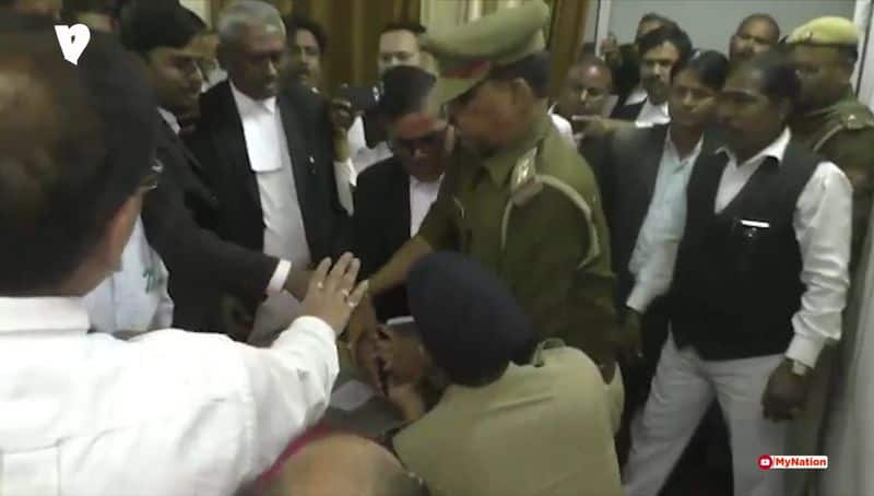 Lawyers at the court premises beaten two police man, abused with SP