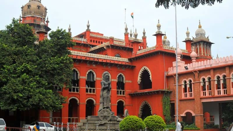 Madras high court stays reburial of mortal remains of Covid-19 victim Dr Simon Hercules