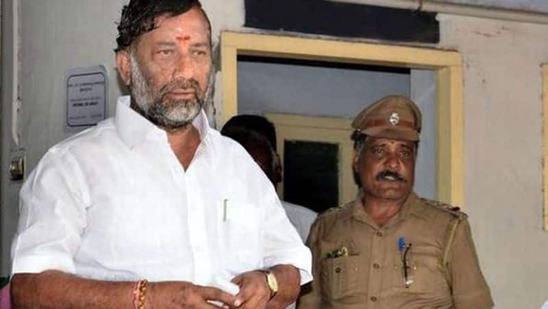 TN Deputy CM's Brother Expelled From AIADMK background