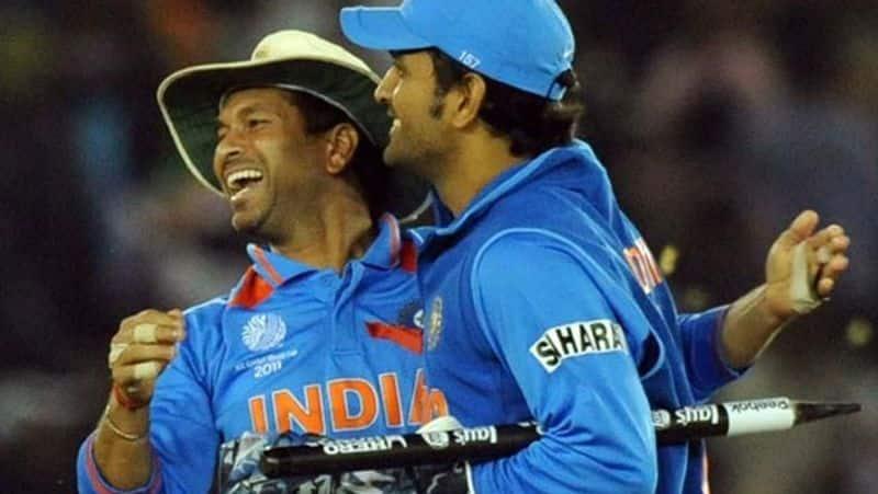 sachin tendulkar backs ms dhoni for his presence in 2019 world cup team
