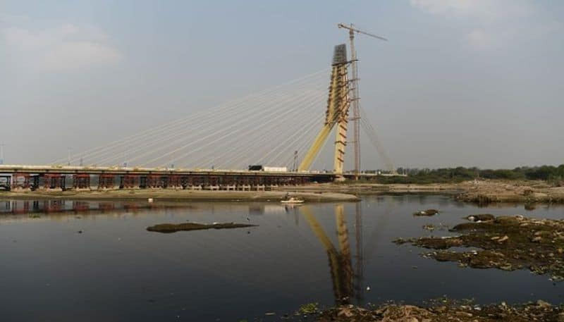 Delhi's Signature Bridge turns into nightmare for public as govt goofs up on opening time