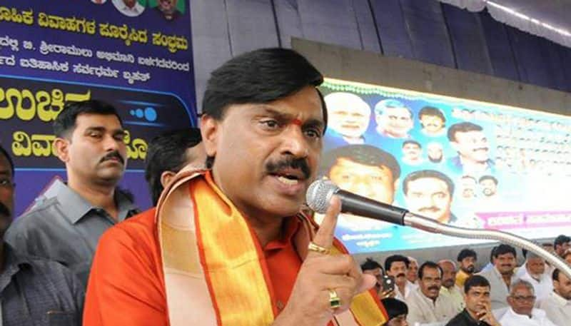 Janardhan Reddy to appear before CCB along with lawyer