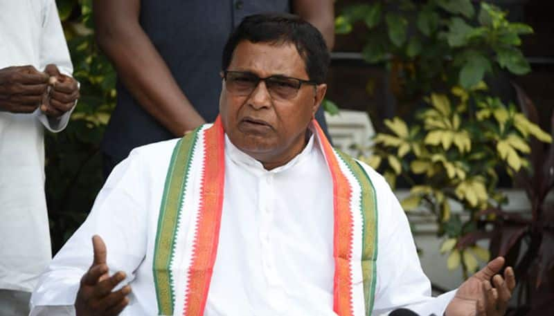 Congress leader Jana Reddy reacts on  PVS daughter contest to MLC elections lns