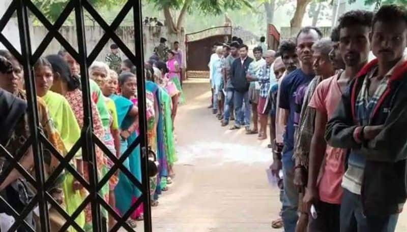 Chhattisgarh elections second phase maoist menace tight security faulty EVM