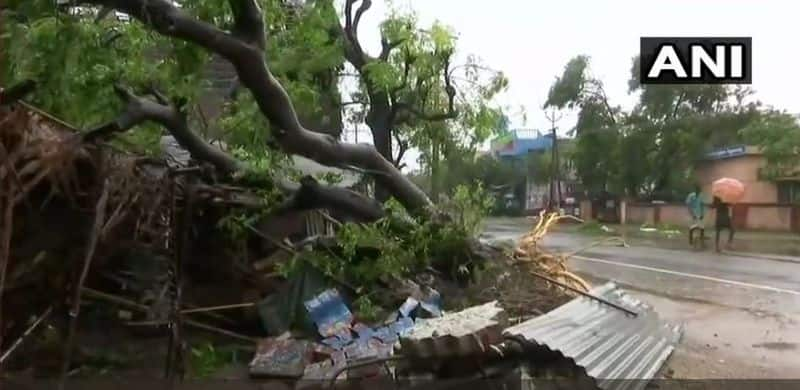 Cyclonic storm 'yards' reached Tamilnadu