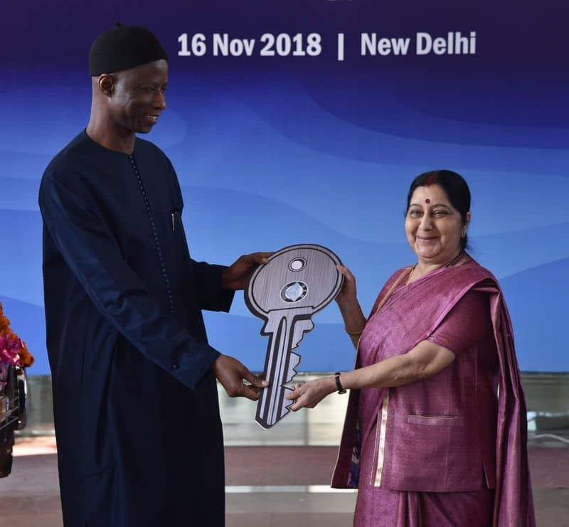 India gifts e-rickshaws to Senegal  to boost green, clean energy ties