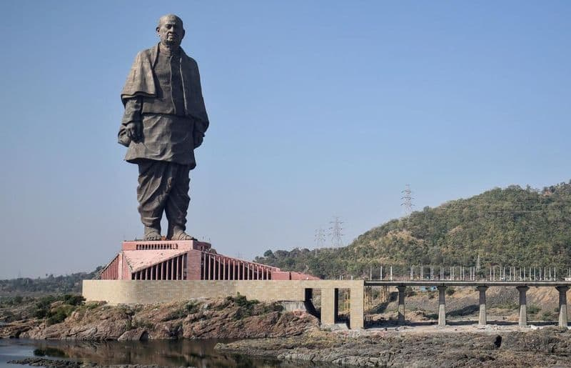 Statue of Unity: you can see it from space