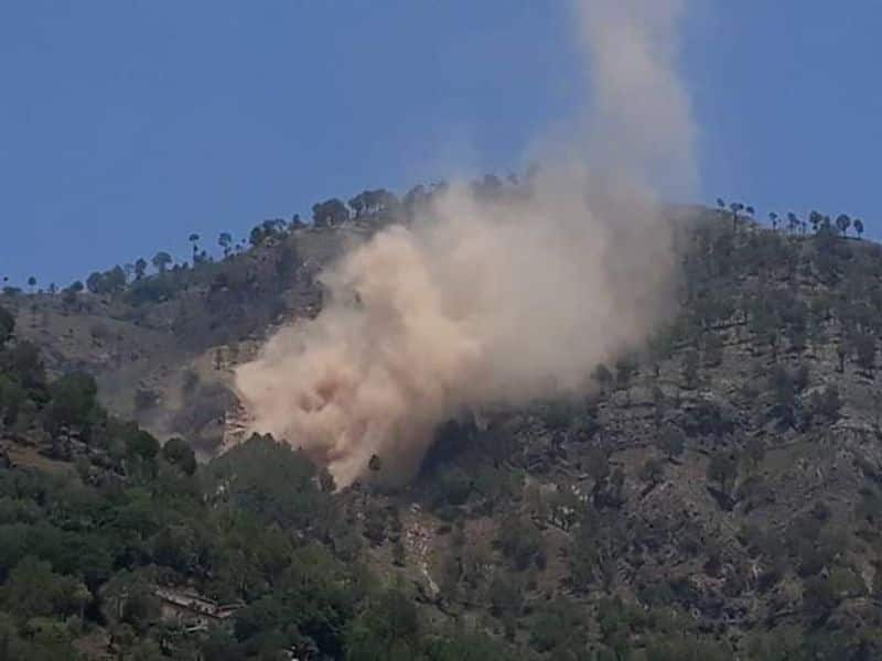 Pakistan Violates Ceasefire Along LoC In Jammu and Kashmir For Second Consecutive Day