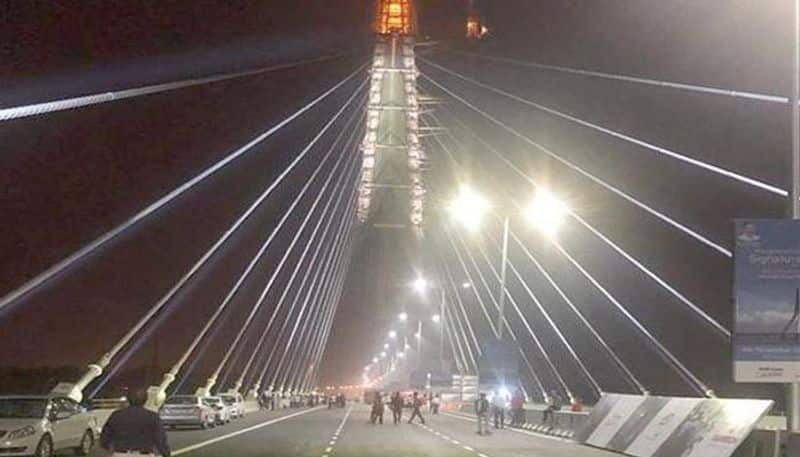 signature bridge: with in 24 hours one more accident