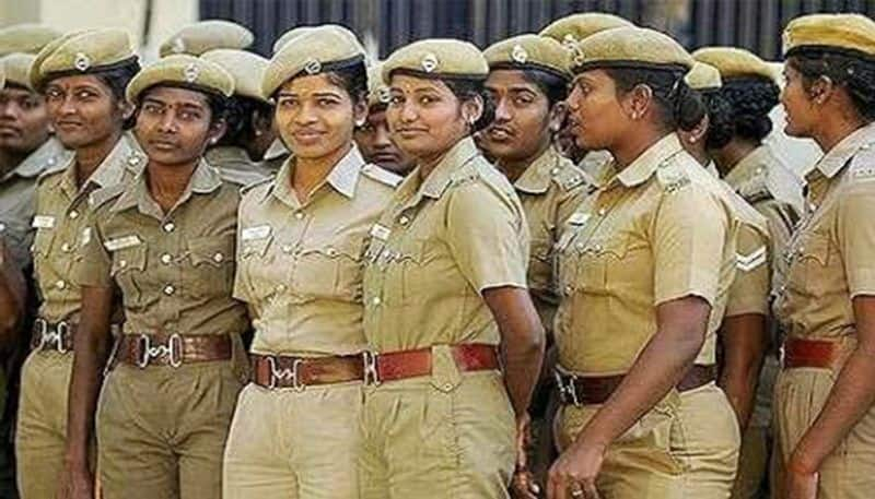 Bollywood decided to give vanity van to lady police