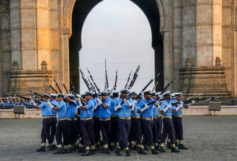 PM Modi, President Kovind wish Indian Navy personnel on Navy Day