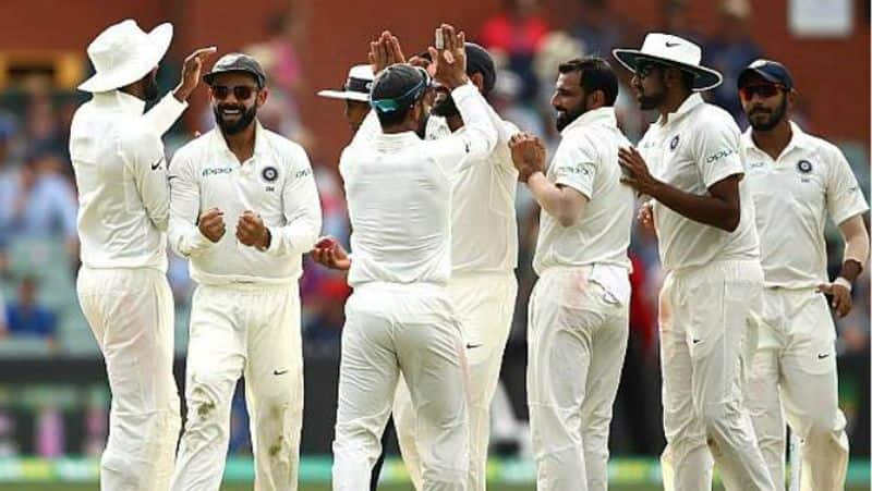 india lost 2 wickets earlier in second innings of perth test
