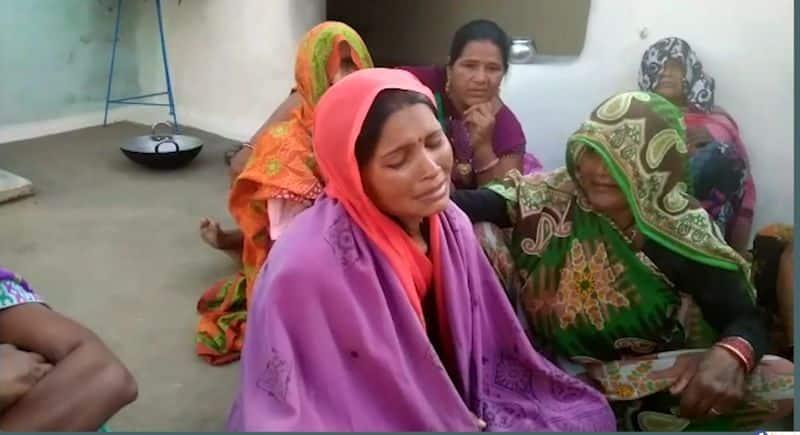 Girl kid died because of no water in school