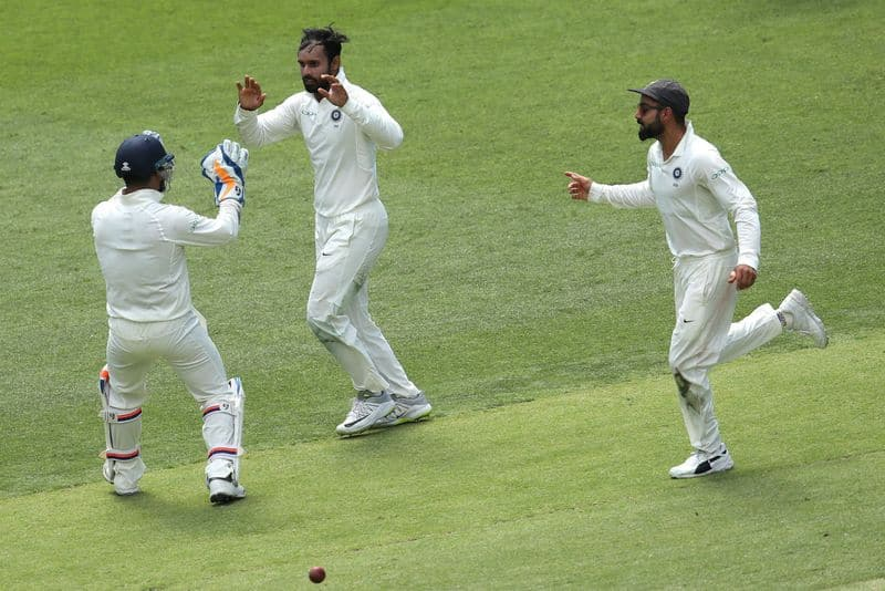 ishant sharma vihari bowled well and australia all out for 326 in first innings of perth test