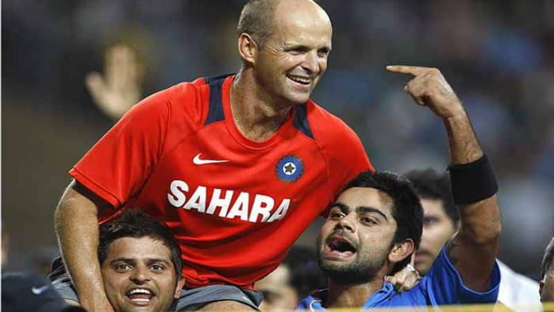 rcb franchise surprised by gary kirsten application for indian womens team coach post