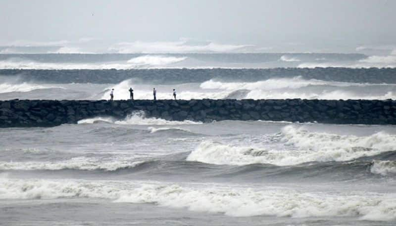 Cyclone Fani approches Tamil Nadu, city on red alert