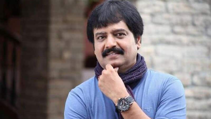 Actor Vivek twin daughters at home ..!