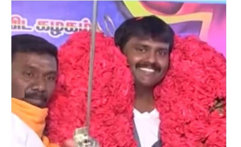 dmdk cadres said Never to beat vijayakanth