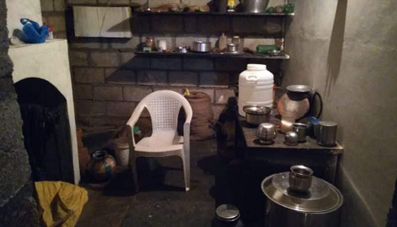 four died having poison food in chitradurga