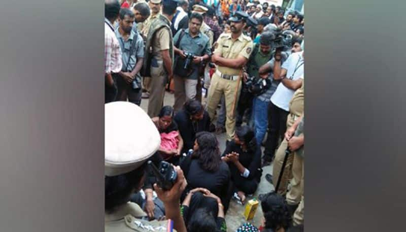 Sabarimala devotees block path of eleven women trying to enter temple