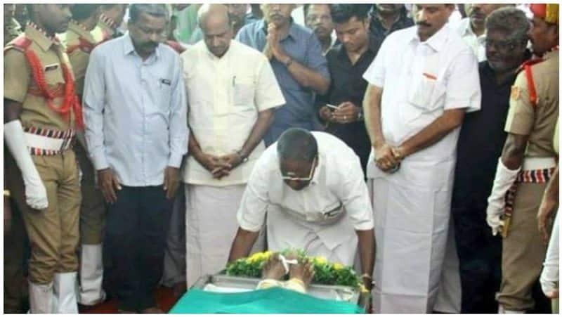 pondy govt honours writer prabanjan