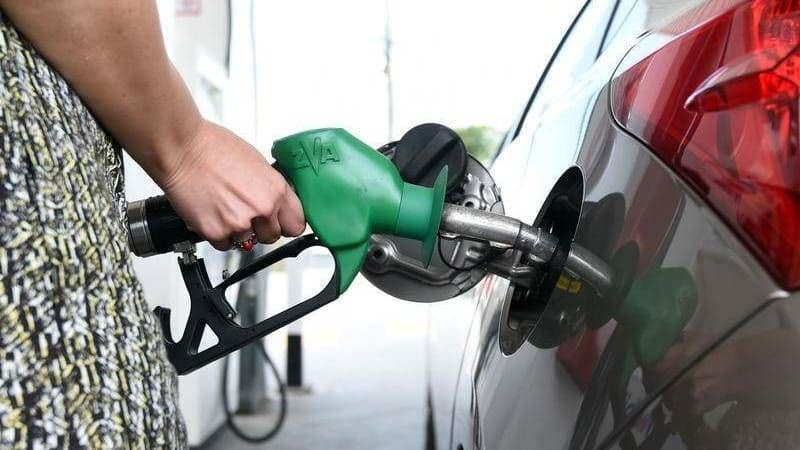 Fuel Prices Continue to Drop in Major Cities on Sunday