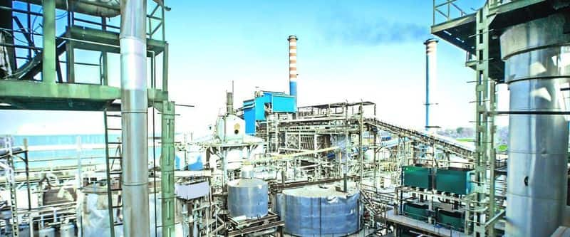 Govt is planning to give 7400 crore loan to sugar mills