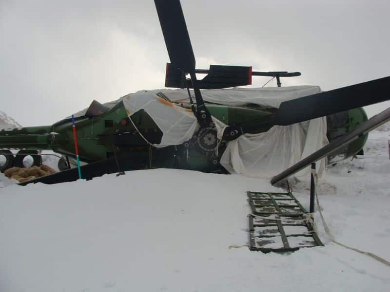 Army recovers snow-stuck helicopter from Siachen Glacier, sets new world record
