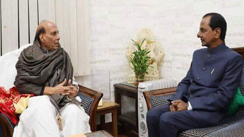 Telangana CM Chandrashekar Rao meets PM Modi