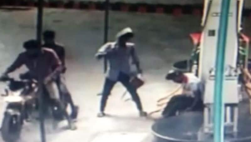 petrol bunk theft and arrest