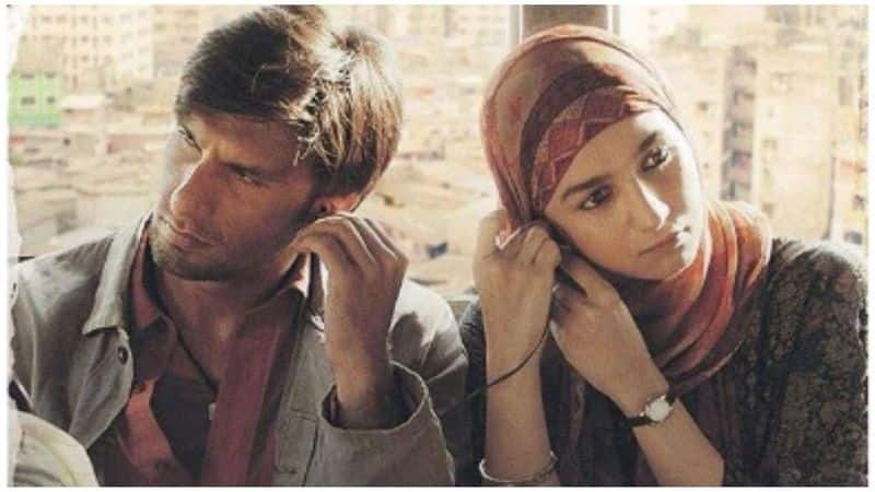 Gully Boy first poster Ranveer Singh, Alia Bhatt look intense in their no-glam avatar
